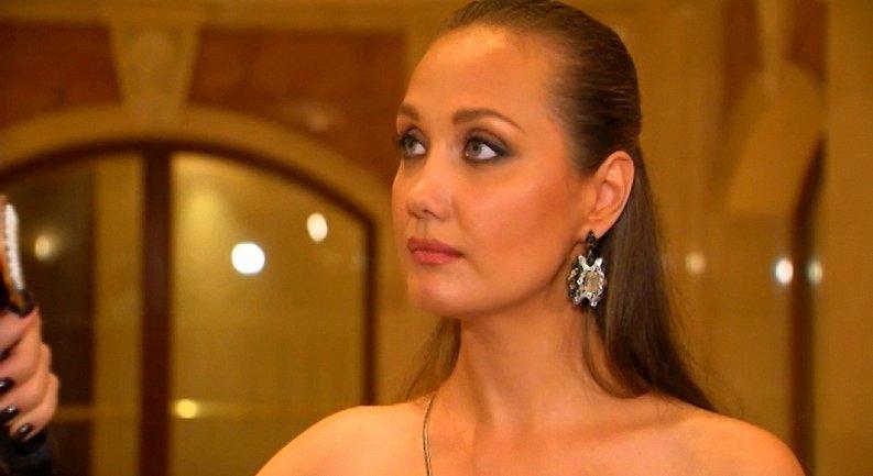 Евгения Власова попала в больницу - фото 1