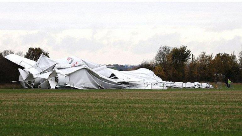 Гибрид самолета и дирижабля упал недалеко от места швартовки - фото 1