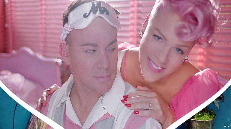 Пинк сняла яркий клип на песню Beautiful Trauma - фото 1