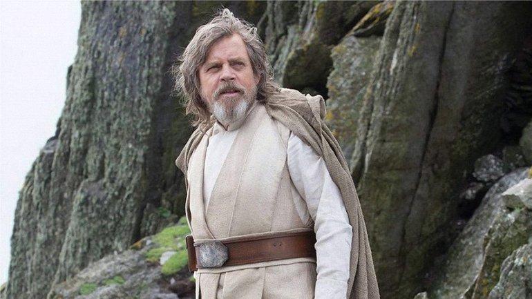 """Люк Скайуокер может оказаться на темной стороне в """"Звездных войнах: последний джедай"""" - фото 1"""