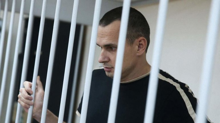 Олег Сенцов находится в штрафном изоляторе - фото 1