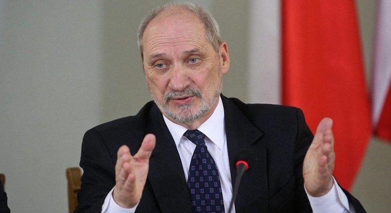 Министр обороны Польши Антоний Мацеревич - фото 1