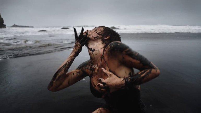 Кадр из клипа Яремчук - фото 1