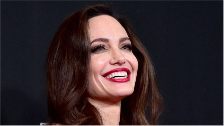 Hollywood Film Awards 2017 - Анджелина Джоли - фото 1