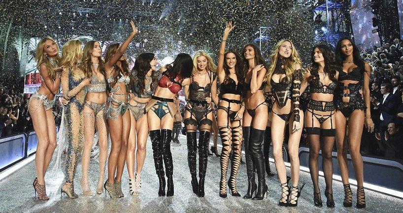 Российским моделям Victoria's Secret Китай отказал в выдаче виз - фото 1