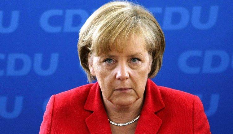 Меркель может объявить о перевыборах в Бундестаг - фото 1