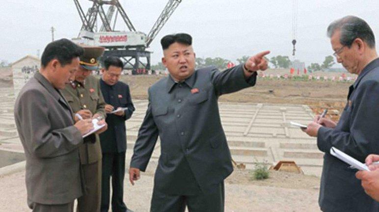 В КНДР запустили балистическую ракету - фото 1