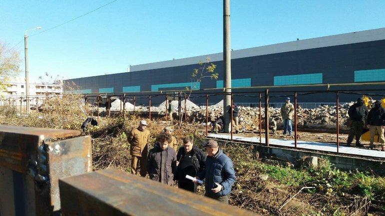В Одессе пытались захватить воинскую часть - фото 1