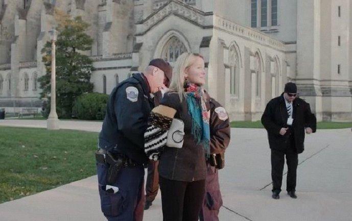 В США задержали украинку - фото 1