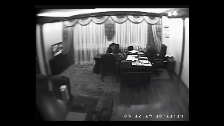 Александр Аваков в кабинете экс-заместителя главы МВД Сергея Чеботаря - фото 1