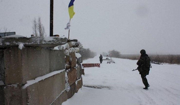 В зоне АТО боевики поочередно обстреливают свои и украинские позиции - фото 1