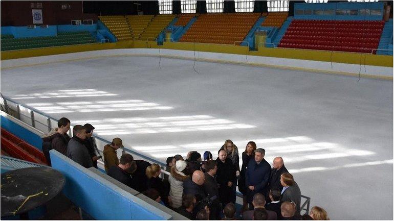 Такой хоккей нам не нужен: Одесские чиновники оправдывают провал и готовятся к новому распилу - фото 1