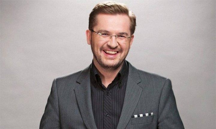 """Александр Пономарев записал новую песню """"Найкраща"""" - фото 1"""