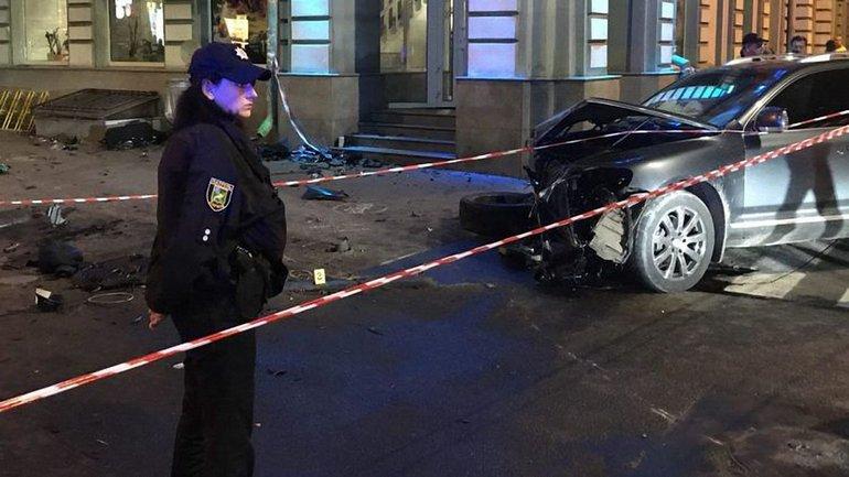 Фотом с места аварии на улице Сумской в Харькове - фото 1