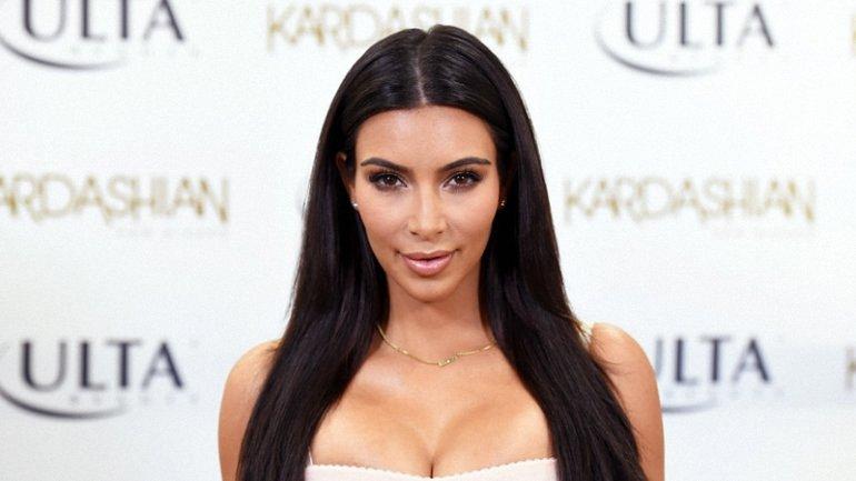 Ким Кардашян снова стала мамой - фото 1