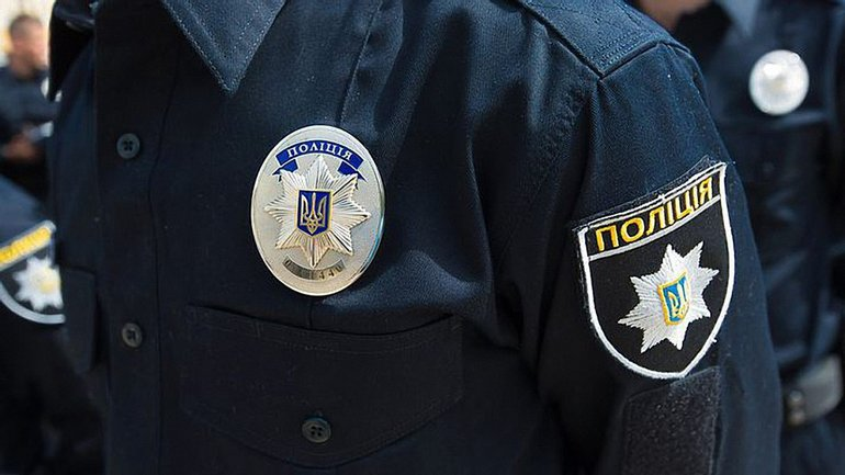 В Киеве неизвестный обстрелял толпу людей после ссоры с девушкой - фото 1