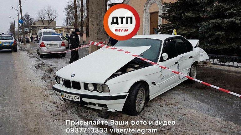 На ул. Хоткевича автомобиль сбил пешехода  - фото 1