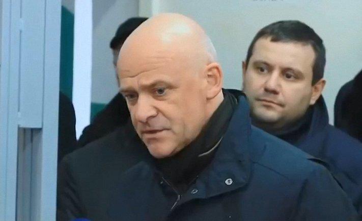 Труханова взяли на поруки нардепы от БПП и Видродження  - фото 1
