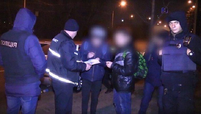 Угонщиков элитных авто задержали в Киеве - фото 1