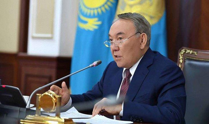 Назарбаев решил перейти на государственный язык - фото 1