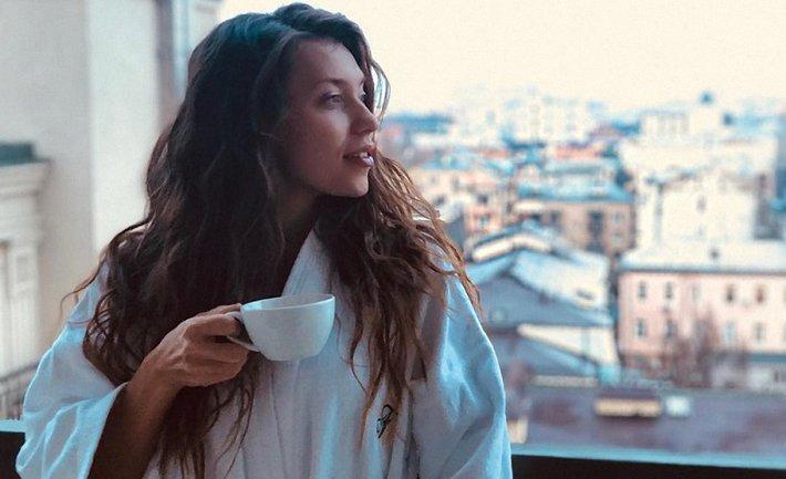Регина Тодоренко появилась на обложке российского глянца - фото 1