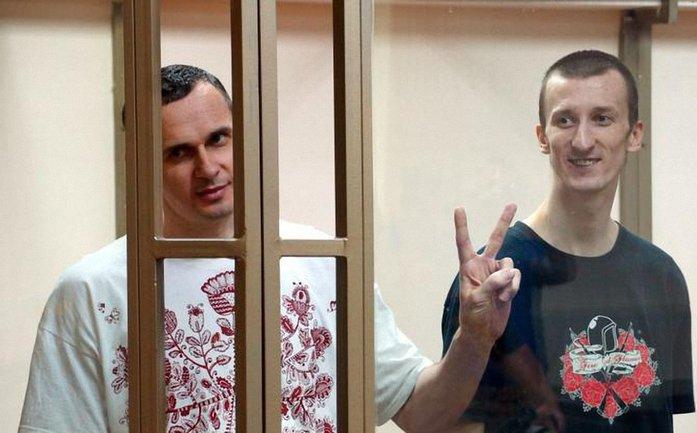 Помилование Сенцова и Кольченко прорабатывают в администрации Путина - фото 1