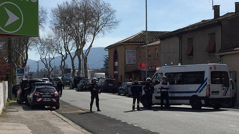 Террористы ИГИЛ взяли на себя ответственность за теракт во Франции - фото 1