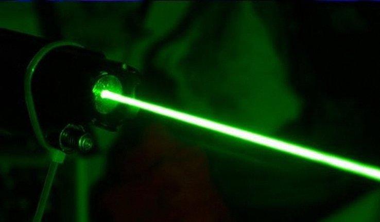 Террористы снова применили лазерное оружие - фото 1