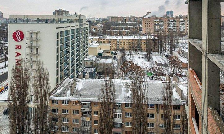 Боевики прибирают к рукам отель, где живут ОБСЕшники - фото 1