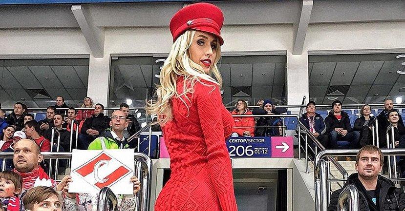 Знаменитая чемпионка без белья взбудоражила откровенным фото - фото 1