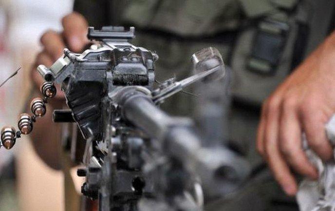 Обстрелы на фронте на Пасху традиционно усилились - фото 1