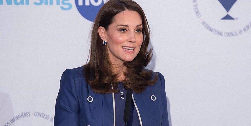 Кейт Миддлтон родила принцу Уильяму третьего наследника - фото 1
