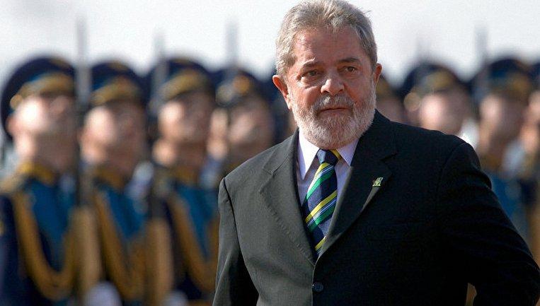 Луис Инасиу Лула да Силва начал отбывать назначенный ему 12-летний срок наказания - фото 1