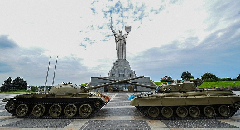"Площадь пожара составила два ""квадрата"" - фото 1"