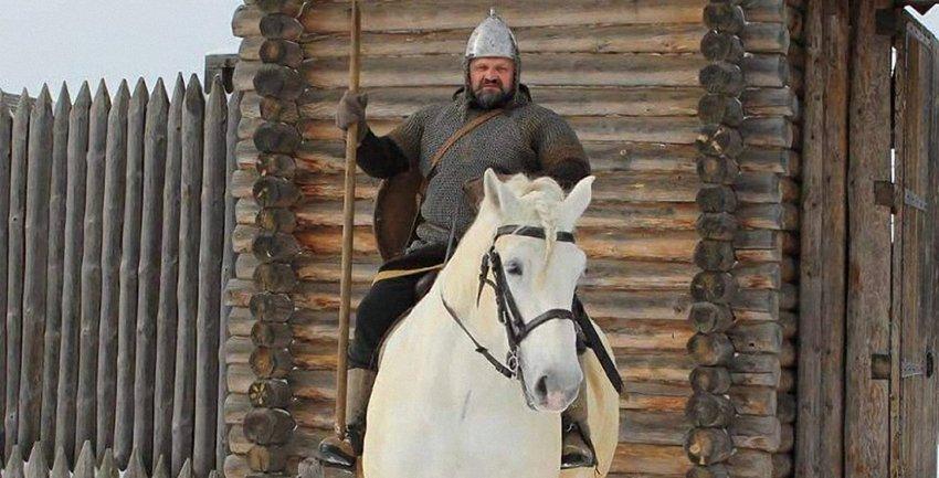 Василий Вирастюк в образе Ильи Муромца - фото 1