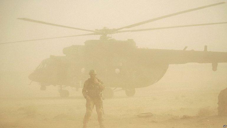 Сирийские военные эвакуируются из аэропортов и военных баз - фото 1