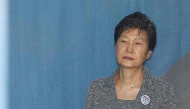 Пак Кын Хе посадили из-за ее подруги - фото 1