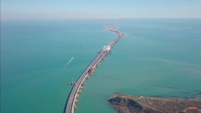 По Керченскому мосту проехали первые машины - фото 1