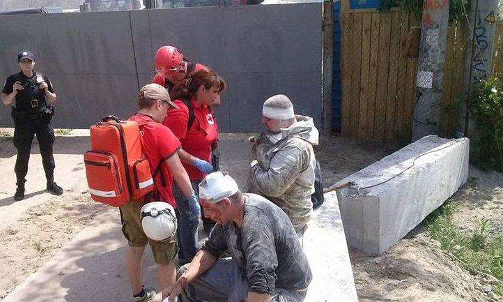 На Осокорках произошла драка 16 мая - фото 1