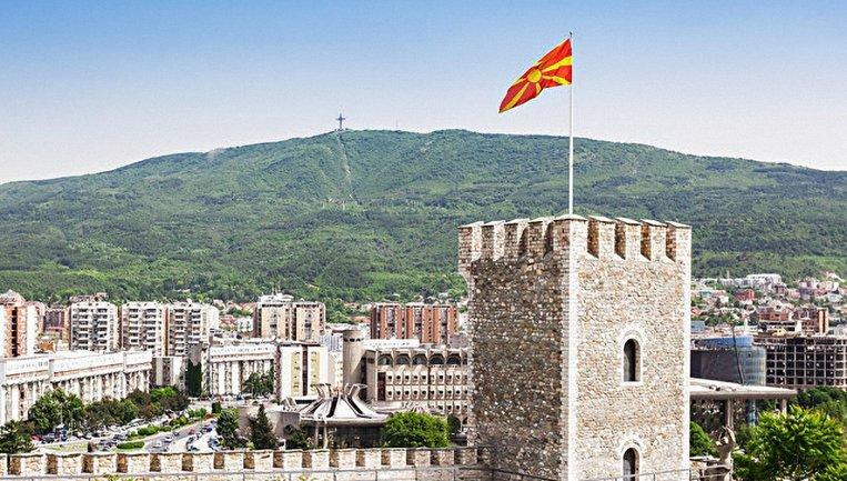 Из-за спора с Грецией Македония не может вступить в НАТО и стать членом ЕС - фото 1