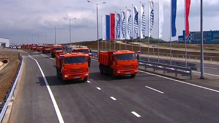 Оккупанты открыли Керченский мост - фото 1
