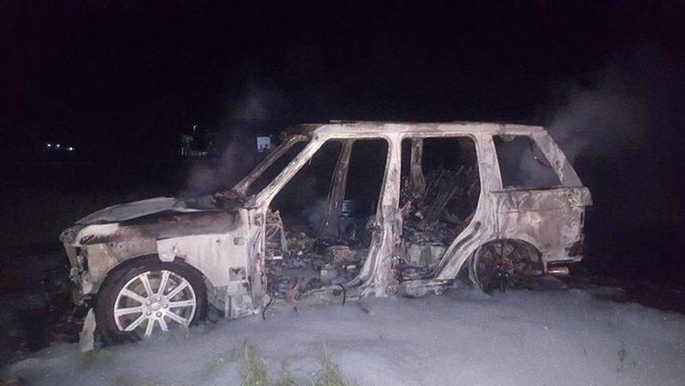 Преступники сожгли один из своих автомобилей - фото 1