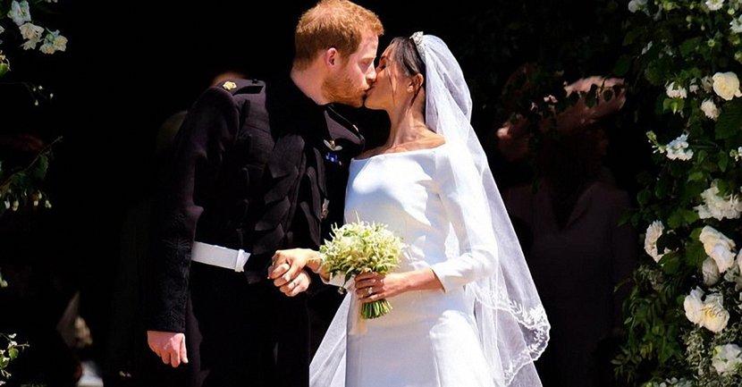 Британцам больше понравилось второе платье Меган Маркл на свадьбе с принцем Гарри - фото 1
