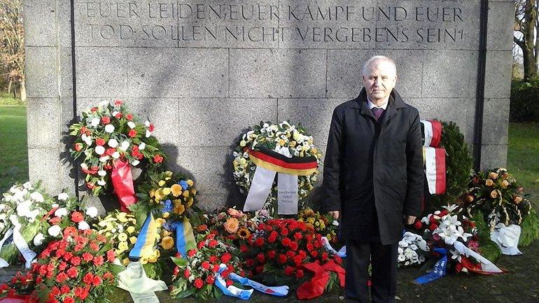 Український дипломат кинув тінь на Україну - фото 1