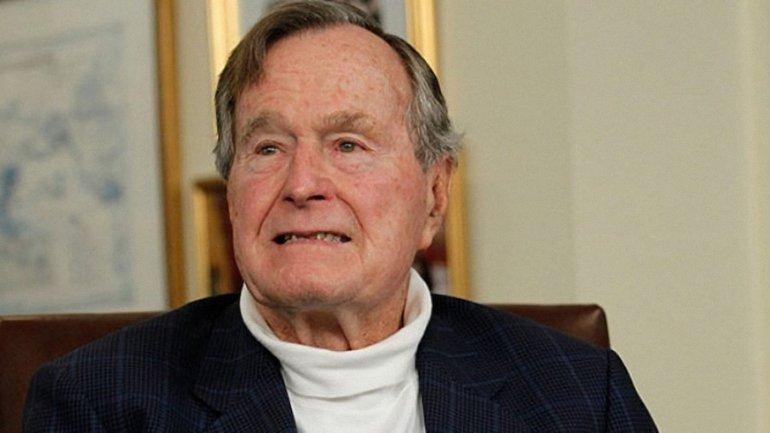 Джордж Буш-старший снова госпитализирован - фото 1