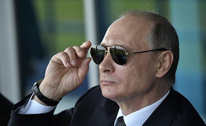 Путин из-за Конституции не может править пожизненно - фото 1