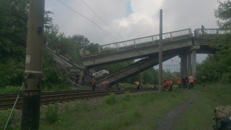 """В """"ЛНР"""" взорвали мост - фото 1"""