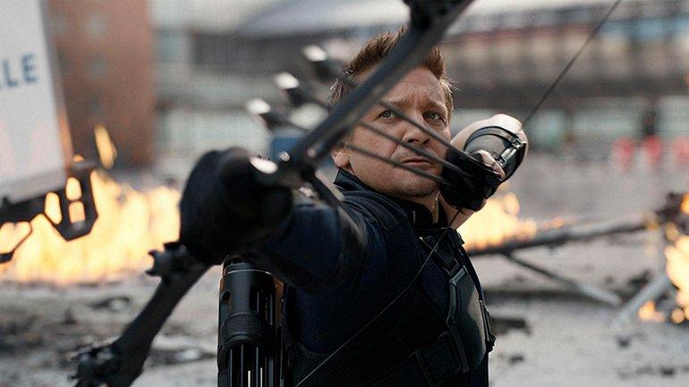 """Джереми Реннер снимался в """"Мстителях 4"""" со сломанными руками - фото 1"""