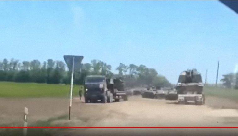 Россия подтягивает военную технику на границе с Украиной  - фото 1