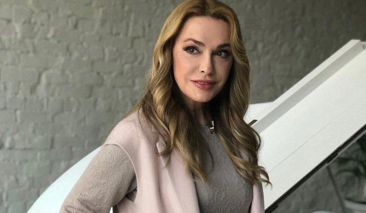 Ольга Сумская восхитила красотой в костюме Роксоланы - фото 1